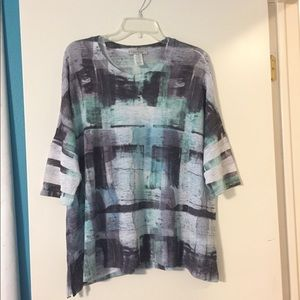 Boxy loose top by Jess and Jane